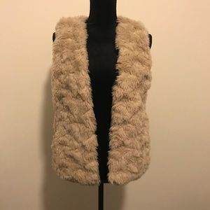 Club Monaco Beige Faux Fur Vest S Small
